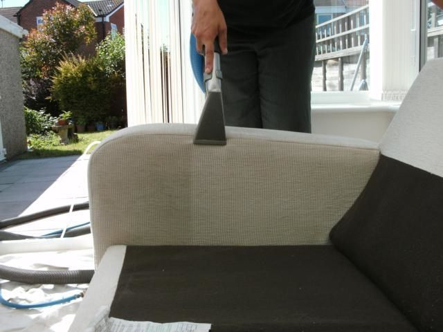Upholsterycleaning 8